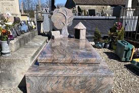 Monument funéraire Birac sur trec
