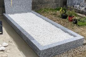 Monument funeraire Roué