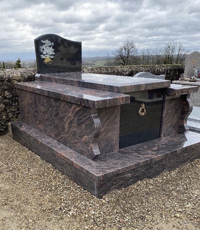 Monument funéraire Virazeil