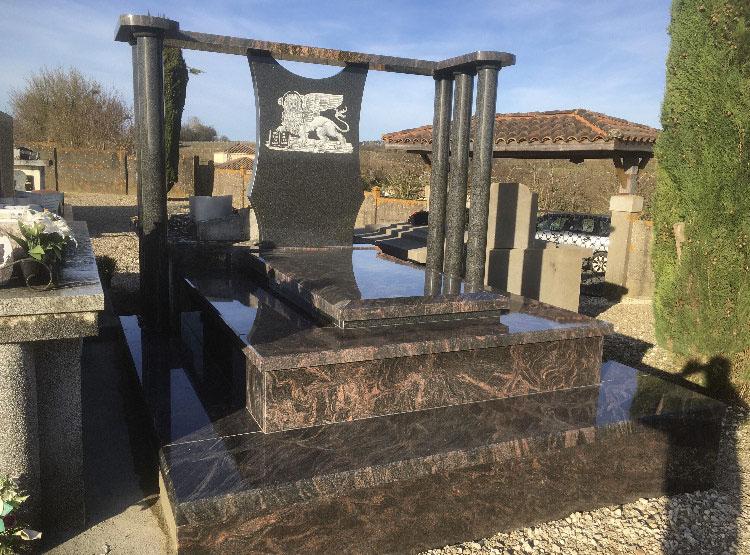Marbrerie Cryslo : création de monument funéraire à Virazeil